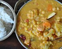Dal Chingri (Bengali Style Channa Dal And Prawns) Recipe