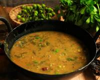 Sundakkai And Methi Leaves Sambar Recipe