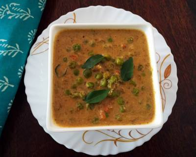 Chettinad Pattani Kurma Recipe (Chettinad Peas Curry)