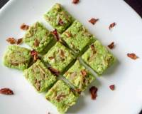 Lauki Burfi With Paneer Recipe - Bottle Gourd Fudge With Cottage Cheese