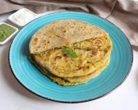 Cabbage & Dal Stuffed Paratha Recipe