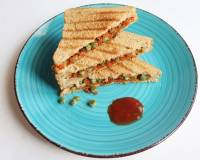 Masala Carrot And Peas Sandwich Recipe