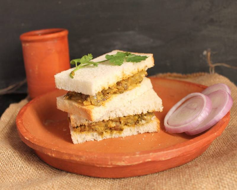 Masala Mixed Sprouts Sandwich Recipe