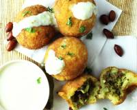 Potato Patties Stuffed With Bell Pepper, Coconut & Dry Fruits Recipe