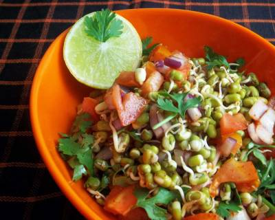 Onion Tomato Mixed Bean Sprout Salad Recipe
