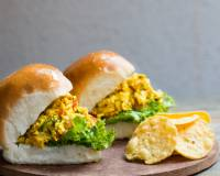 Spicy Paneer Bhurji Pav Sandwich Recipe - Breakfast Recipe