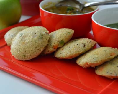 Mixed Vegetables Oats Idli Recipe