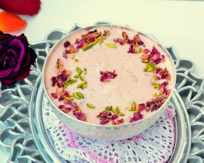 Rose Gulkand Phirni Recipe