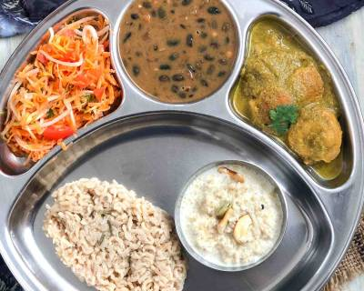 Portion Control Kumani Meal Plate: Black Bean Curry Dubuk Vade Jhangora Ki Kheer & Salad