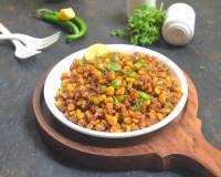 Crispy Corn And Bell Peppers Chaat Recipe