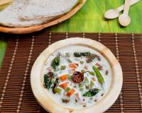 Karwar Style Valval Recipe (Mixed Vegetables In Coconut Milk)