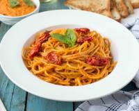 Red Chilli Pesto & Roasted Tomato Spaghetti Pasta Recipe