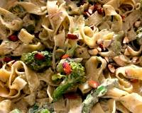 Asparagus Broccoli Fettuccine Pasta With Roasted Almonds Recipe