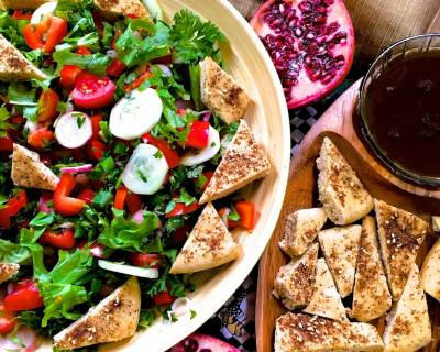 Fattoush With Za'atar, Sumac and Pomegranate Molasses Recipe - Traditional Lebanese Salad