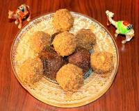 Red Poha And Flax Seeds Ladoo Recipe