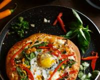 Whole Wheat Pizza With Egg, Bell Peppers And Fresh Basil Recipe