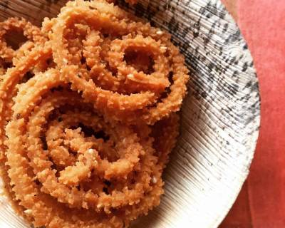 Pepper Murukku Recipe - South Indian Style Chakli