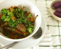Vankaya Ulli Karam Recipe - Eggplant In Spicy Onion Gravy