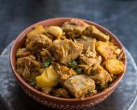Enchorer Torkari Recipe - Bengali Style Raw Jackfruit in Semi-gravy
