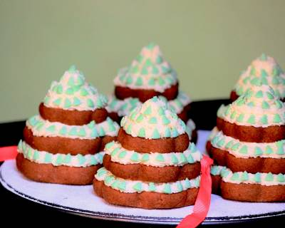 Eggless Christmas Tree Chocolate Cookies Recipe