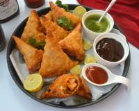 Tandoori Paneer Samosa Recipe - With Baked Option