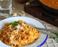 Spaghetti Pasta Recipe In Roasted Pumpkin Sauce