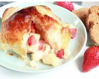Baked Brie In Puff Pastry With Fruits Recipe