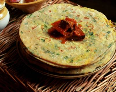 Stuffed Mooli Paratha Recipe With Radish Greens