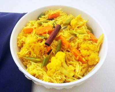 Allahabadi Tehri Recipe (UP Style Vegetable Rice)