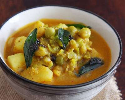Batani Gassi Recipe - Udupi Style Potatoes And Peas Curry