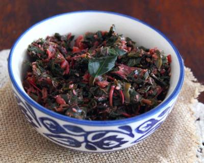 Tambdi Bhaji Recipe - Goan Style Red Amaranth Stir Fry