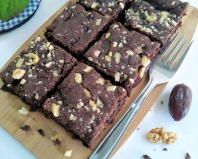 Date And Walnut Whole Wheat Eggless Brownie Recipe