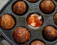 Cheese Stuffed Mashed Potato Balls Recipe (Non Fried)