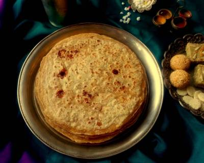 Gulachi Poli Recipe (Jaggery And Poppy Seeds Stuffed Paratha)