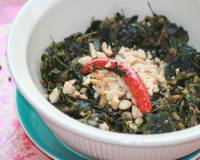Drumstick Leaves Sabzi With Crushed Peanuts Recipe
