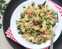 Egg Scramble With Drumstick Leaves Recipe