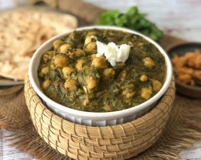 Sarson Chole Ka Saag Recipe - Kabuli Chana In Mustard Leaves Gravy