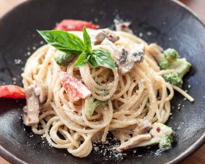 Alfredo Spaghetti with Roasted Mushroom & Broccoli Recipe