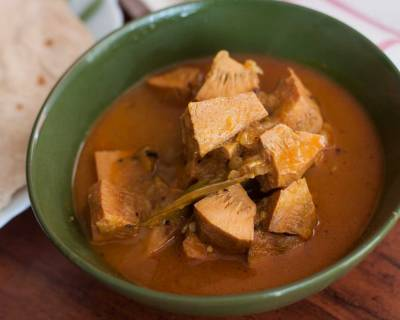 Bengali Style Raw Jackfruit Curry Recipe - Enchor'er Dalana