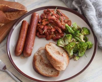 Chicken Sausages, Baked Beans and Stir Fried Broccoli Recipe