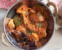 Kadai Chicken Recipe - Chicken Cooked With Onion And Capsicum