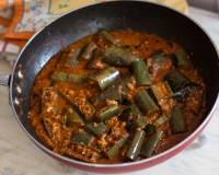 Karnataka Style Badanekayi Palya Recipe - Long Brinjal In Spicy Coconut Recipe