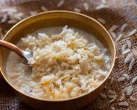 Maharashtrian Style Gul Pohe (Sweetened Beaten Rice with Coconut)