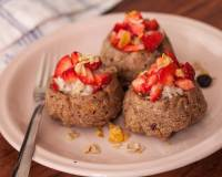 Muesli Oats Cupcake Filled with Yogurt and Strawberries Recipe