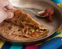 Oats, Peas & Tofu Stuffed Paratha Recipe