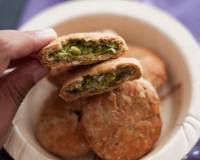 Baked Oats and Whole Wheat Kachori Stuffed with Peas Recipe