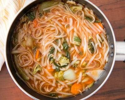 Shanghai Yang Chun Noodle Recipe (Flat Noodles In Soya Broth Recipe)