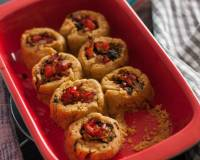 Spinach & Paneer Cornmeal Roll Recipe