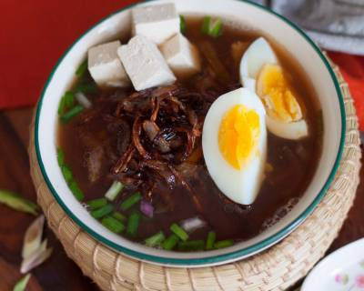 Thai Style Khao Tom Recipe (Black Rice Clear Soup Recipe)