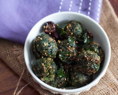 Thotakura Undalu Recipe (Crispy Amaranth Leaves Balls)